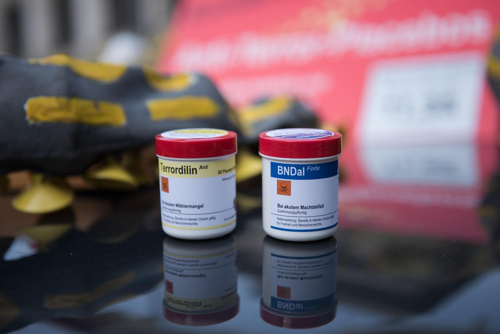 Terrordilin Anti und BNDal Forte. Ohne erwünschte Wirkung, aber höchst giftig.