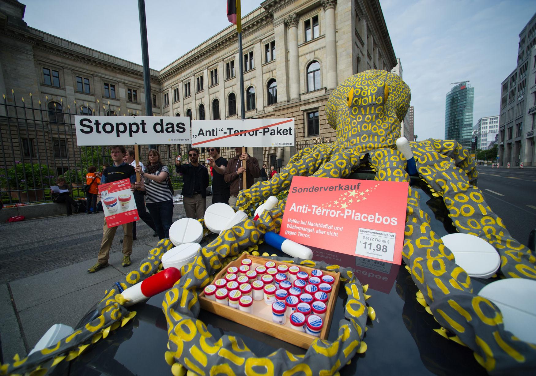 Anti-Terror-Placebos: Helfen bei Machtdefizit und Wählermangel, aber nicht gegen Terror.