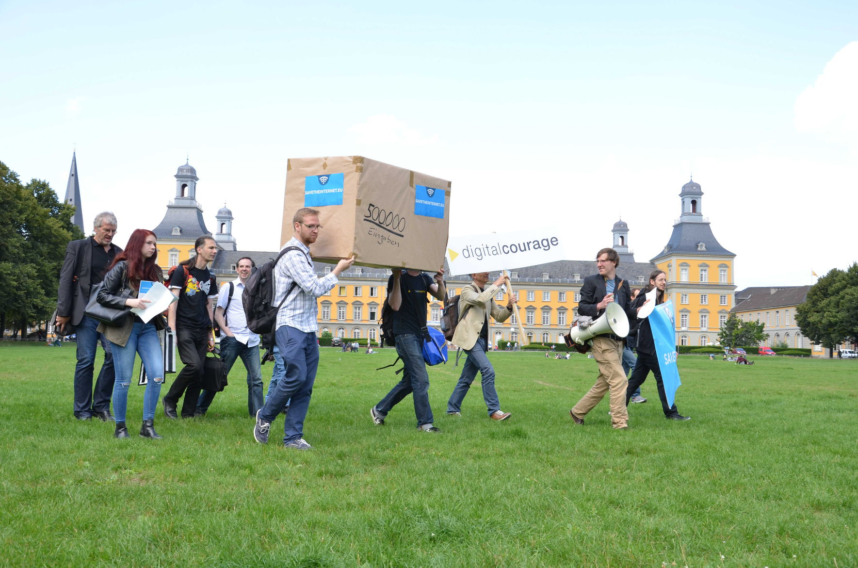 ... ein Paket unterwegs durch Bonn