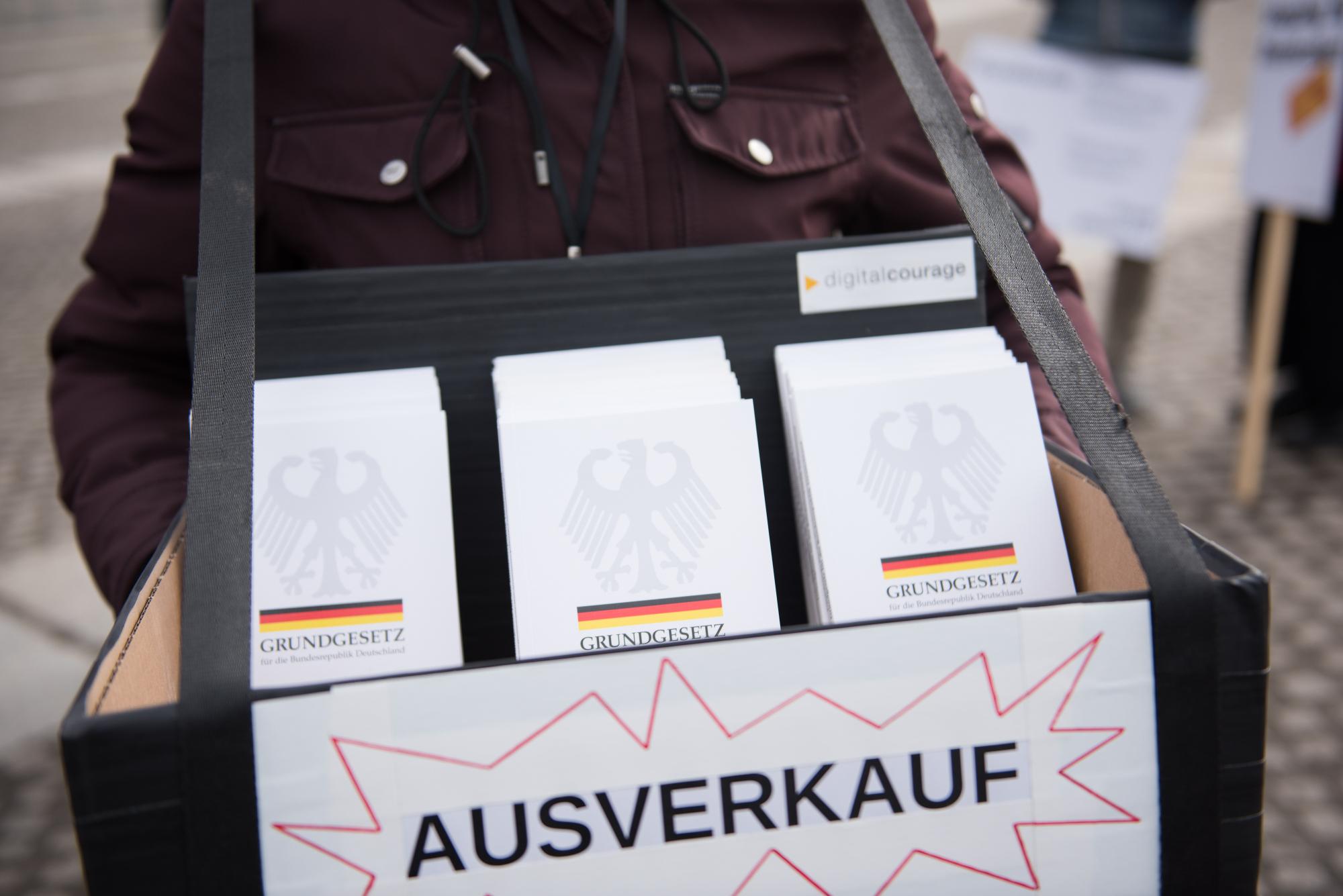 Gegen den #Ausverkauf der Grundrechte!
