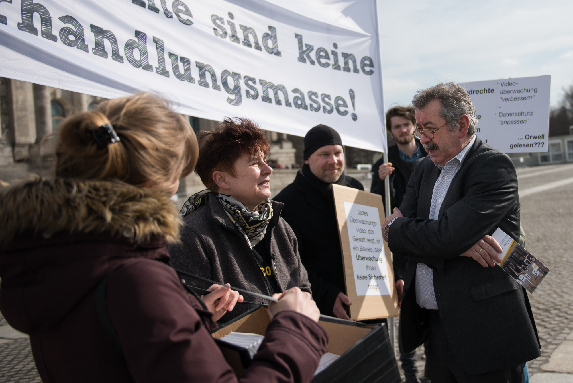 Rena Tangens im Gespräch mit MdB Gerold Reichenbach (SPD).